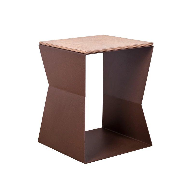 tavolino helix ferro e legno ruggine