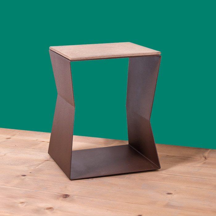 tavolino sgabello helix 90x100ferro