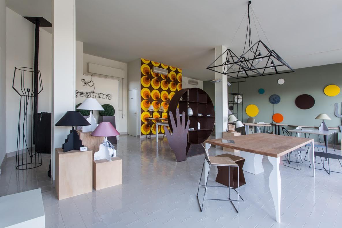 showroom 90x100 ferro